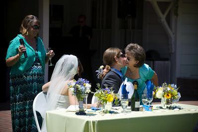 6518-d700_Laura_and_Kaylen_Santa_Cruz_Wedding_Photography