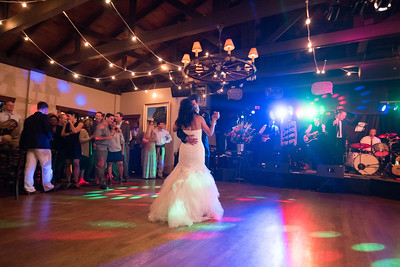 7966_d810_Rebecca_and_Tom_Rancho_Nicasio_Wedding_Photography