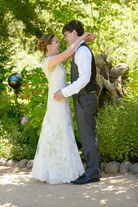 2801_d800b_Joan_and_Nathan_River_House_Ben_Lomond_Wedding_Photography