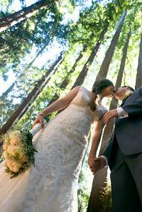 6687_d800a_Abbie_and_Joe_Roaring_Camp_Railroad_Felton_Wedding_Photography