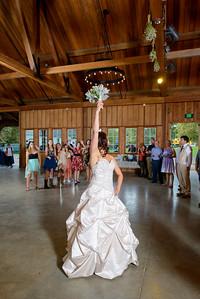 2928_d800b_Alexis_and_Zach_Roaring_Camp_Felton_Wedding_Photography