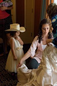 0582_d810a_Alexis_and_Zach_Roaring_Camp_Felton_Wedding_Photography