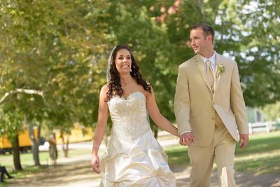 1537_d810a_Alexis_and_Zach_Roaring_Camp_Felton_Wedding_Photography