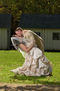 1523_d810a_Alexis_and_Zach_Roaring_Camp_Felton_Wedding_Photography
