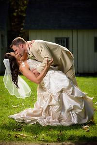 1525_d810a_Alexis_and_Zach_Roaring_Camp_Felton_Wedding_Photography