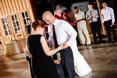 9022-d700_Meghan_and_John_Felton_Wedding_Photography_Roaring_Camp_Railroad