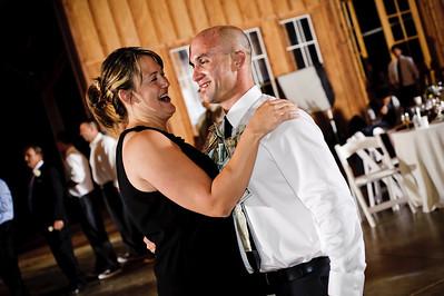 9057-d700_Meghan_and_John_Felton_Wedding_Photography_Roaring_Camp_Railroad