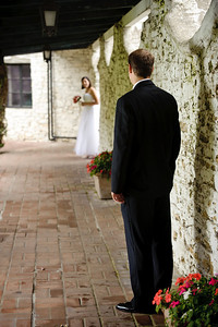 6036-d3_Chris_and_Frances_Wedding_Santa_Cataline_High_School_Portola_Plaza_Hotel