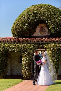 1324_d810a_Michelle_and_Stefan_Santa_Catalina_School_Monterey_Wedding_Photography