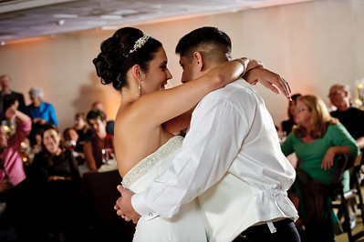 3065-d3_Christine_and_Joe_Scotts_Valley_Hilton_Wedding_Photography