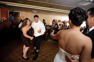 1418-d700_Christine_and_Joe_Scotts_Valley_Hilton_Wedding_Photography