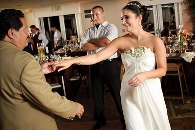 1441-d700_Christine_and_Joe_Scotts_Valley_Hilton_Wedding_Photography