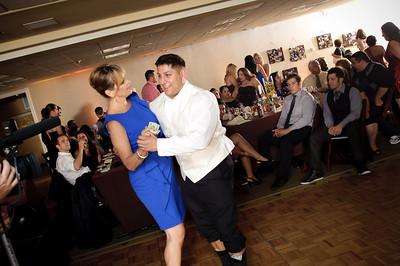 1450-d700_Christine_and_Joe_Scotts_Valley_Hilton_Wedding_Photography