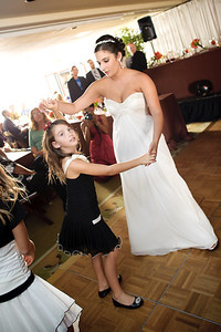 1342-d700_Christine_and_Joe_Scotts_Valley_Hilton_Wedding_Photography