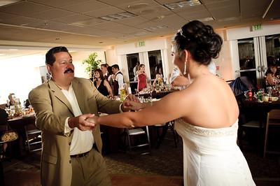 1433-d700_Christine_and_Joe_Scotts_Valley_Hilton_Wedding_Photography