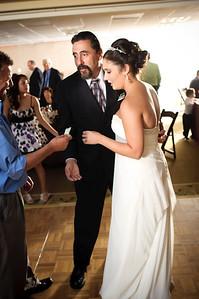 1354-d700_Christine_and_Joe_Scotts_Valley_Hilton_Wedding_Photography