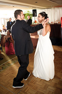 1343-d700_Christine_and_Joe_Scotts_Valley_Hilton_Wedding_Photography