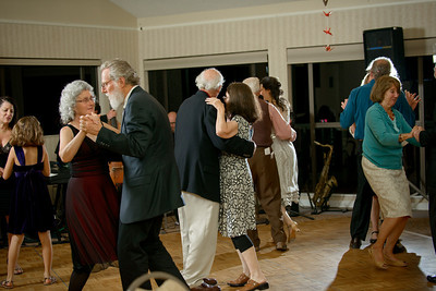 3871_d800b_Thea_and_Harry_Seascape_Golf_Club_Aptos_Wedding_Photography