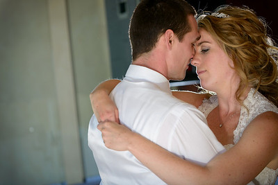 0641_d800_Kaelin_and_Jayson_Riva_Grill_and_South_Lake_Tahoe_Golf_Course_Wedding_Photography