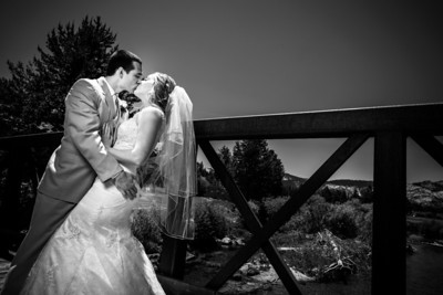 9060_d800_Kaelin_and_Jayson_Riva_Grill_and_South_Lake_Tahoe_Golf_Course_Wedding_Photography