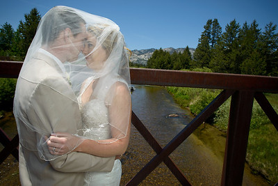 9056_d800_Kaelin_and_Jayson_Riva_Grill_and_South_Lake_Tahoe_Golf_Course_Wedding_Photography