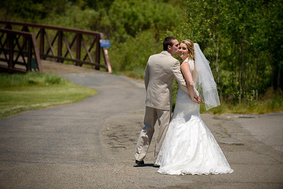 0251_d800_Kaelin_and_Jayson_Riva_Grill_and_South_Lake_Tahoe_Golf_Course_Wedding_Photography