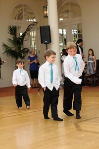 3610-d3_Renee_and_Zak_Saints_Peter_and_Paul_Church_Olympic Club_San_Francisco_Wedding_Photography