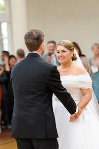 3642-d3_Renee_and_Zak_Saints_Peter_and_Paul_Church_Olympic Club_San_Francisco_Wedding_Photography
