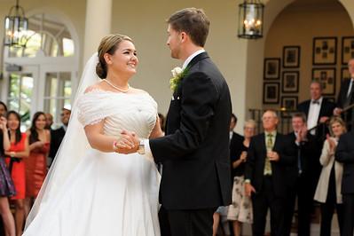3670-d3_Renee_and_Zak_Saints_Peter_and_Paul_Church_Olympic Club_San_Francisco_Wedding_Photography