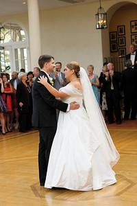 3647-d3_Renee_and_Zak_Saints_Peter_and_Paul_Church_Olympic Club_San_Francisco_Wedding_Photography