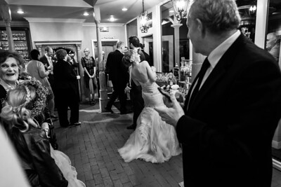 5618_d800b_Amanda_and_TJ_The_Perry_House_Monterey_Wedding_Photography