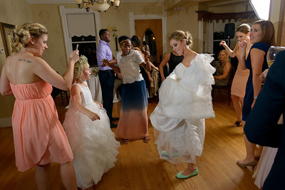 5915_d800b_Amanda_and_TJ_The_Perry_House_Monterey_Wedding_Photography