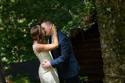 Waterfall Lodge Ben Lomond Wedding Photos - Janelle + Tyler - by Bay Area wedding photographer Chris Schmauch