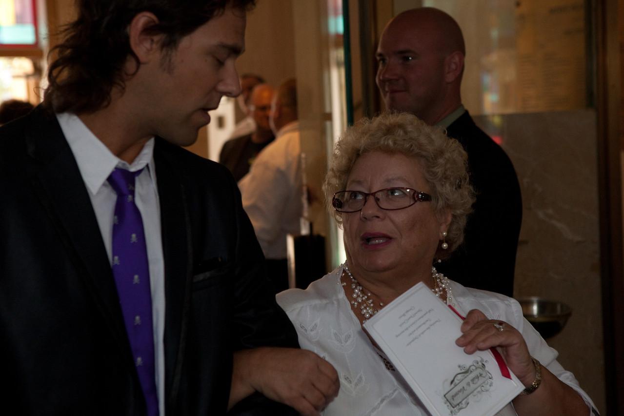 Vince and Heidi Wedding__MG_3157_20100909-2