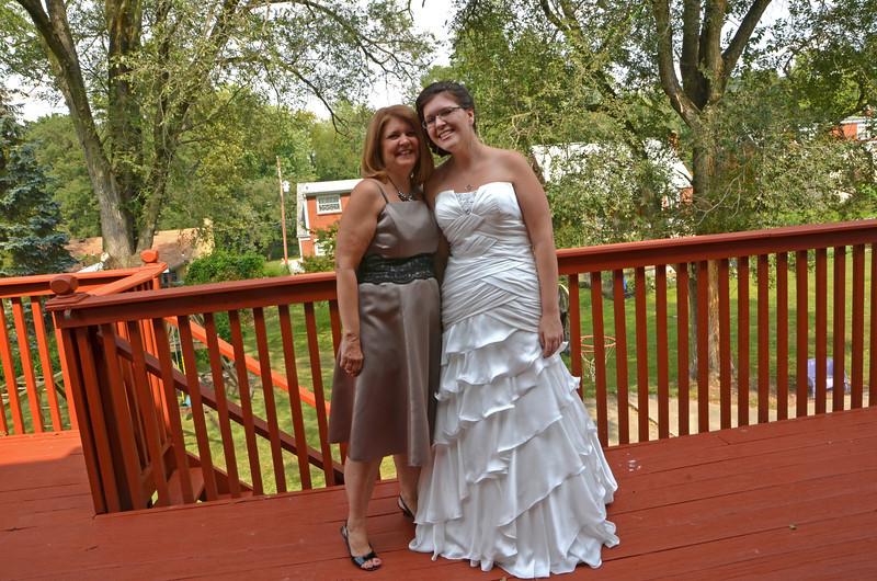 Mary and Sarah KCI_1286_edited-1