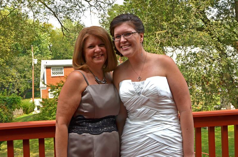 Mary and Sarah KCI_1283_edited-1