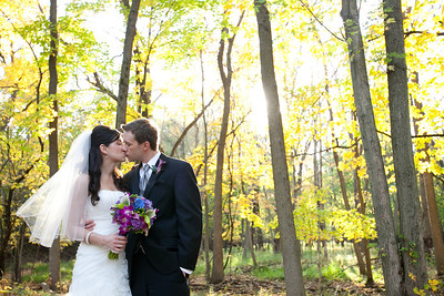 """Lisa & Chris Wedding<BR><font size=""""1"""" color=""""#CCFF00"""">Ready to View!</font>"""