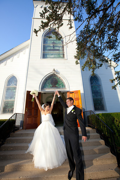 """Amanda & Mark Wedding<BR><font size=""""1"""" color=""""#CCFF00"""">Ready to View!</font>"""