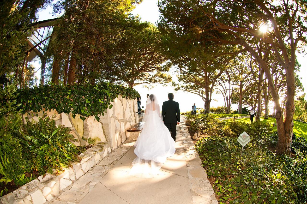 "<a href=""http://www.wedding.jabezphotography.com/Weddings/Wayfarers-Chapel-wedding/9904076_EnX2a"">http://www.wedding.jabezphotography.com/Weddings/Wayfarers-Chapel-wedding/9904076_EnX2a</a>"