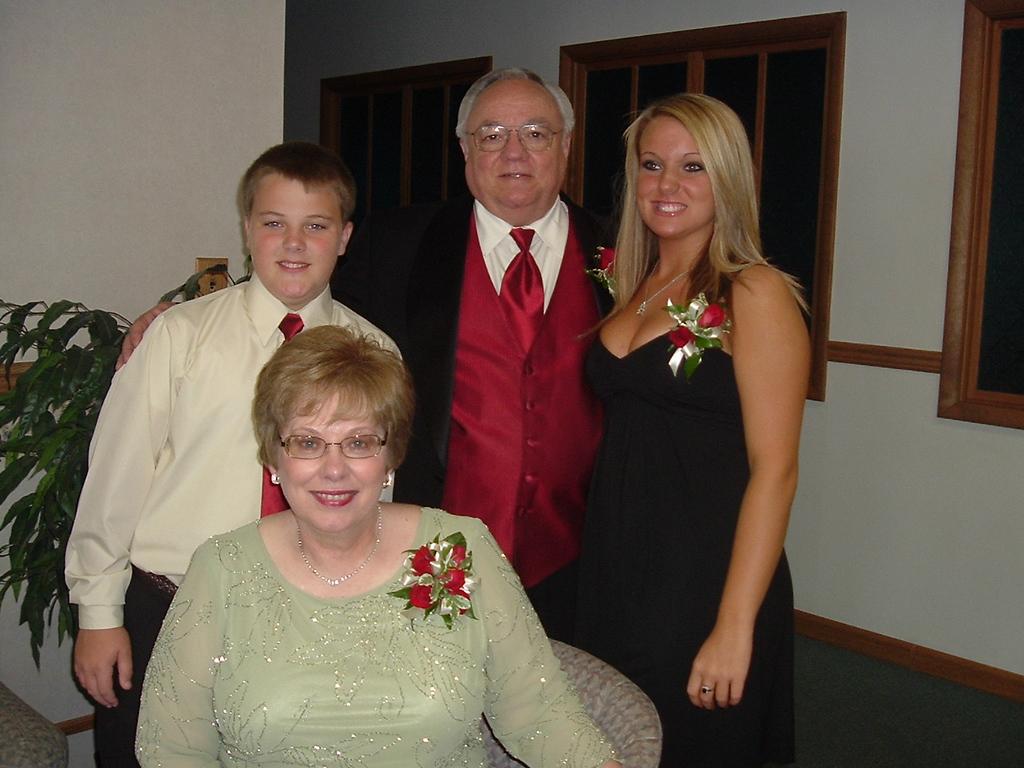 Frank & Gwen with Ashtyn & Hunter