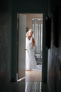 getting ready bride-20