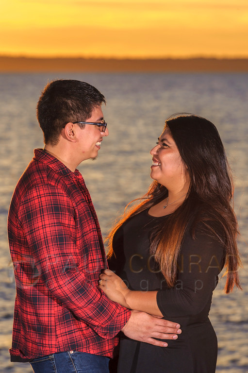 Alex and Rose during their engagement session at sunset on Sunday evening Aug. 14, 2016, at Boulevard Park in Bellingham, Wash. (© Paul Conrad/Paul Conrad Photography). Bellingham wedding photographer, whatcom county wedding photography, pacific northwest wedding photography, seattle wedding photography