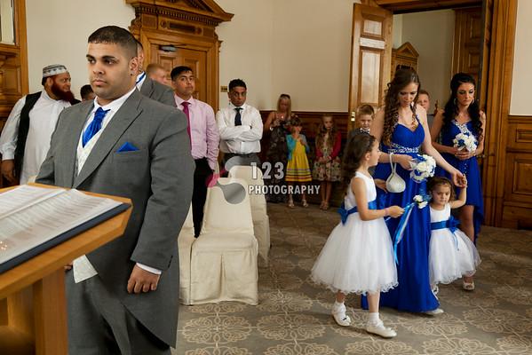 wedding photography Dewsbury Registry Office