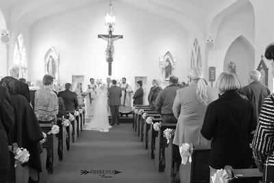 Traditional Latin High Mass Wedding, Held at Saint Anthony's Catholic Church in San Antonio, FL.  Photography by Laina | Dade City | Central Florida Wedding Photographer.