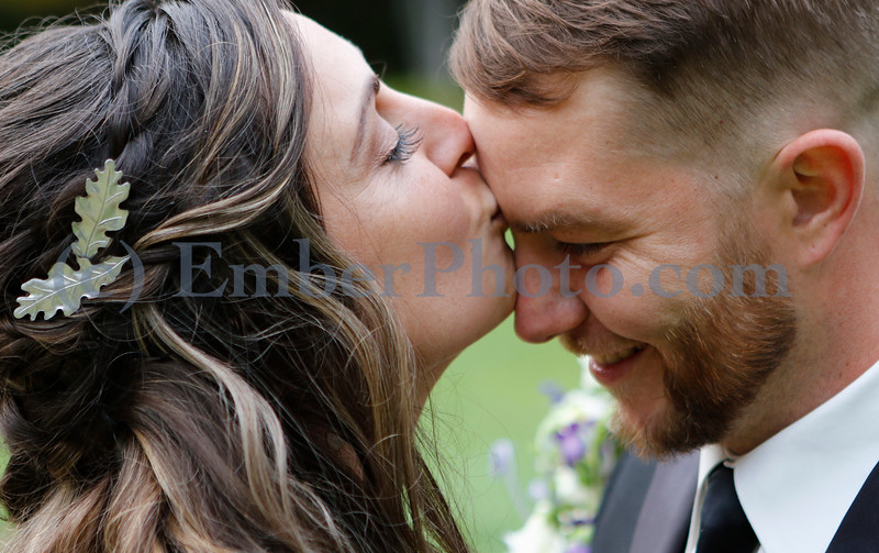 Angela & Kevin - Sept 30 2017 - Bradford, VT<br /> <br /> ©Brian Mohr and Emily Johnson/ EmberPhoto - All rights reserved