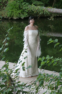 A bridal portrait at the lake