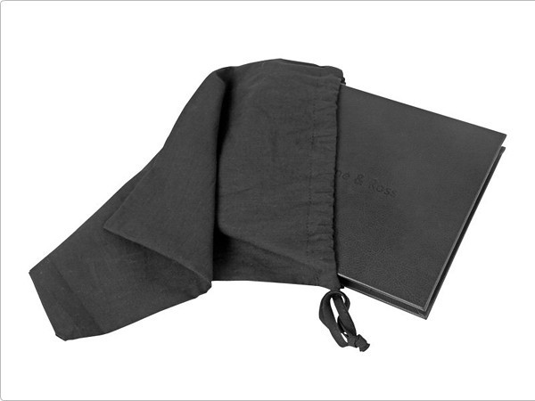 <h3> Momento Albums</h3> Presented in a small Black linen Bag is one of the options for a Parents Album