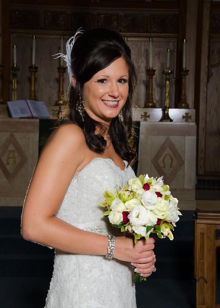 Risa Wedding Bride an bouqet