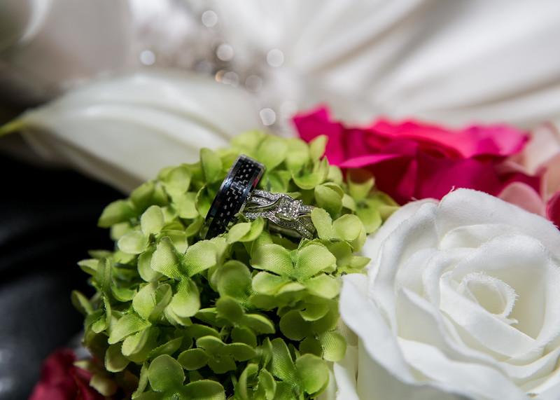 Wiskus wedding rings
