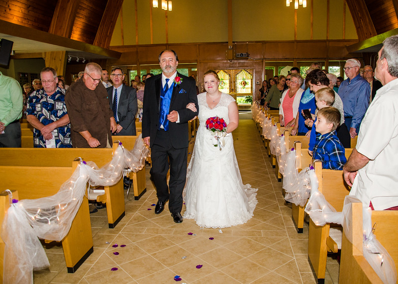 Jakson wedding bride coming down isle